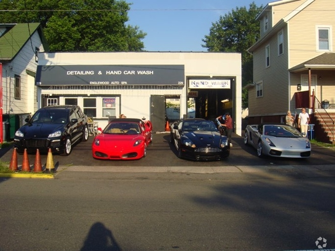 Nai hanson arranges sale of two properties in englewood n for Hanson motors service department