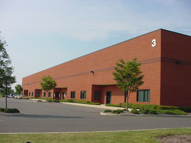 NAI Hanson Negotiates 13,600-Square-Foot Lease for HVACR Wholesale Distributor