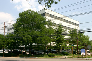 NAI Hanson's Horning, Lizzack and Guerra Arrange Lease of Office Space in Elmwood Park, N.J.
