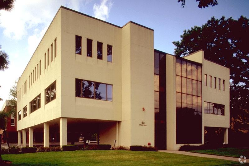NAI Hanson Negotiates Sale to Bring Surgery Practice to River Edge, N.J.