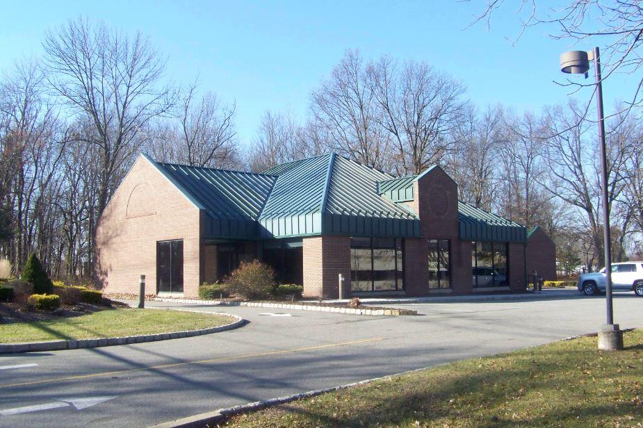 NAI James E. Hanson Negotiates Sale of Former Bank Building in Florham Park, N.J.
